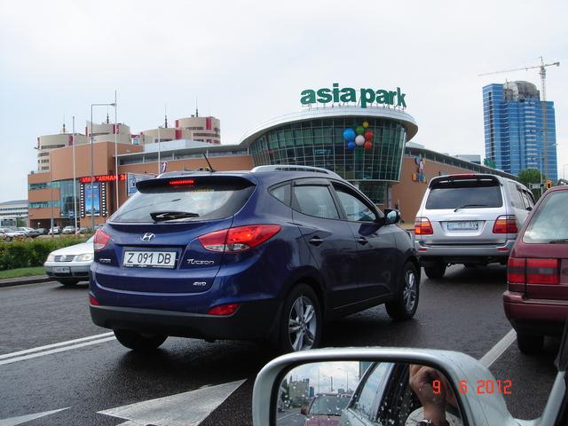 """Астана, левобережье. ТЦ """"Азия Парк"""""""